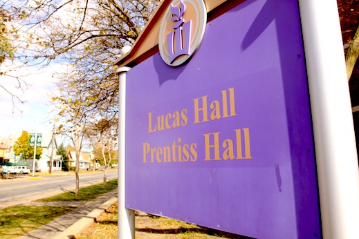 Close up of the sign for Prentiss-Lucas halls.